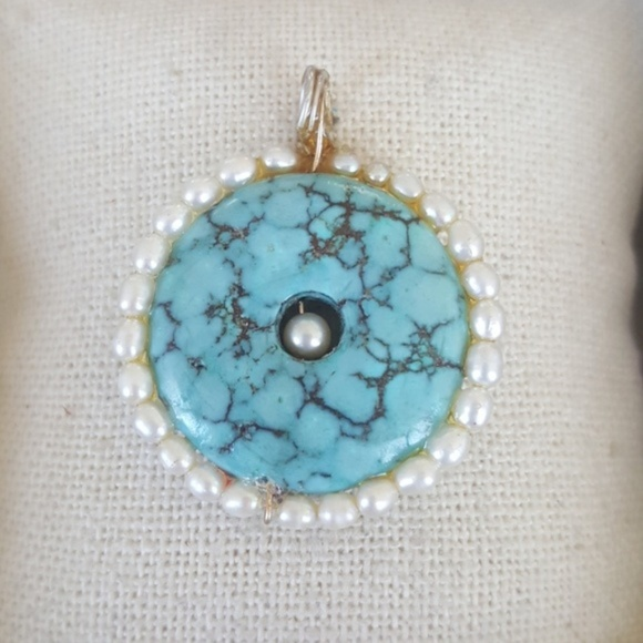 Hellmut Cordes Jewelry - Turquoise pearl pendant